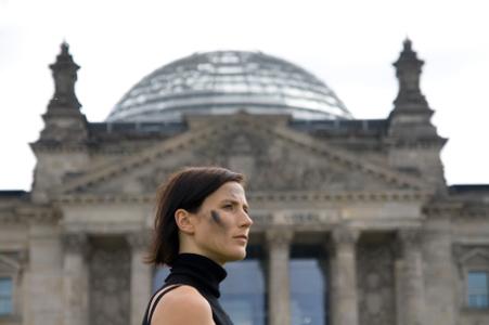 Bild: www.berlinbiennale.de