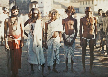 Stephane Passet: Indien, Bombay, Brahmanen und Sadhus, 17.12.1913 © Musée Albert-Kahn, Departement des Hauts-de-Seine. Bild: www.berlinerfestspiele.de