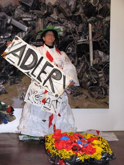 ADLER A.F. aka Trash Queen bei einer Performance in New York, Gallery Zeina Assaf 2011© Foto Fatima Haidara. Bild: neurotitan.de