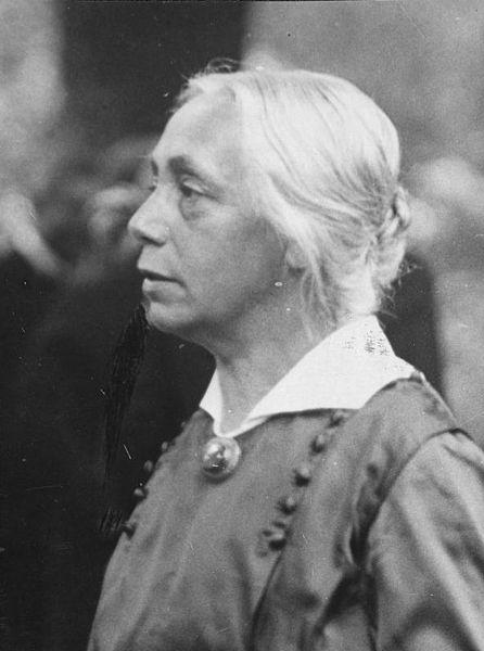 Käthe Kollwitz, Foto: Robert Sennecke (1885-1940), Bildquelle: WP Käthe Kollwitz.jpg
