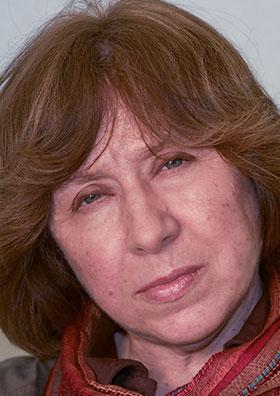 Photo: Margarita Kabakova/Ersatz AB. Bild: http://www.nobelprize.org/nobel_prizes/literature/laureates/2015/alexievich-facts.html